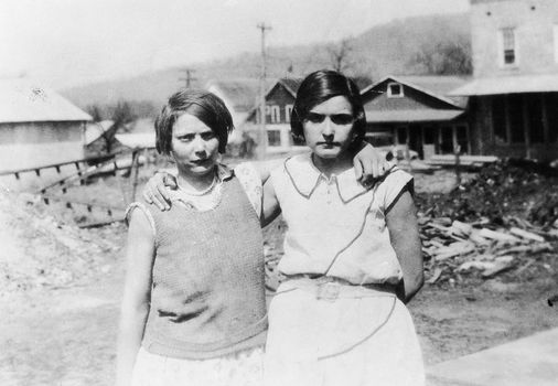 "an analysis of the story in alabama victoria price and ruby bates ""to kill a mockingbird"" and the scottsboro boys trial: profiles in courage in a small alabama town riddled with ruby bates and victoria price)."